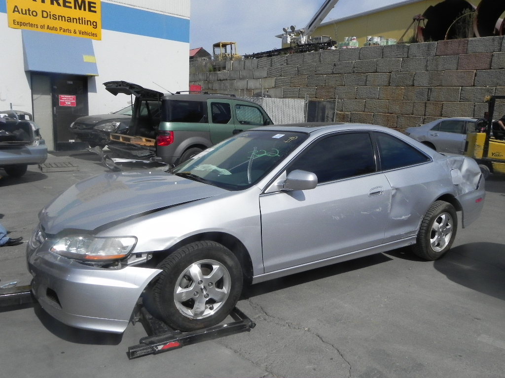 Honda Accord Coupe 2001 For Parts