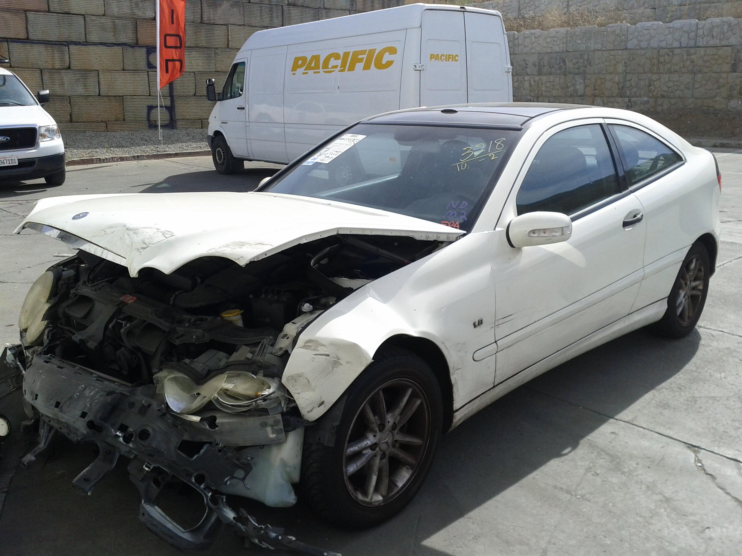 GENUINE Mercedes w203 Coupe Door Lock latch Mechanism LT left driver 2037200535